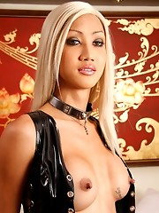 Fetish blonde Ladyboy